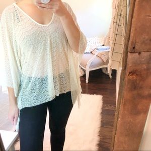Billabong one size cream boho blouse